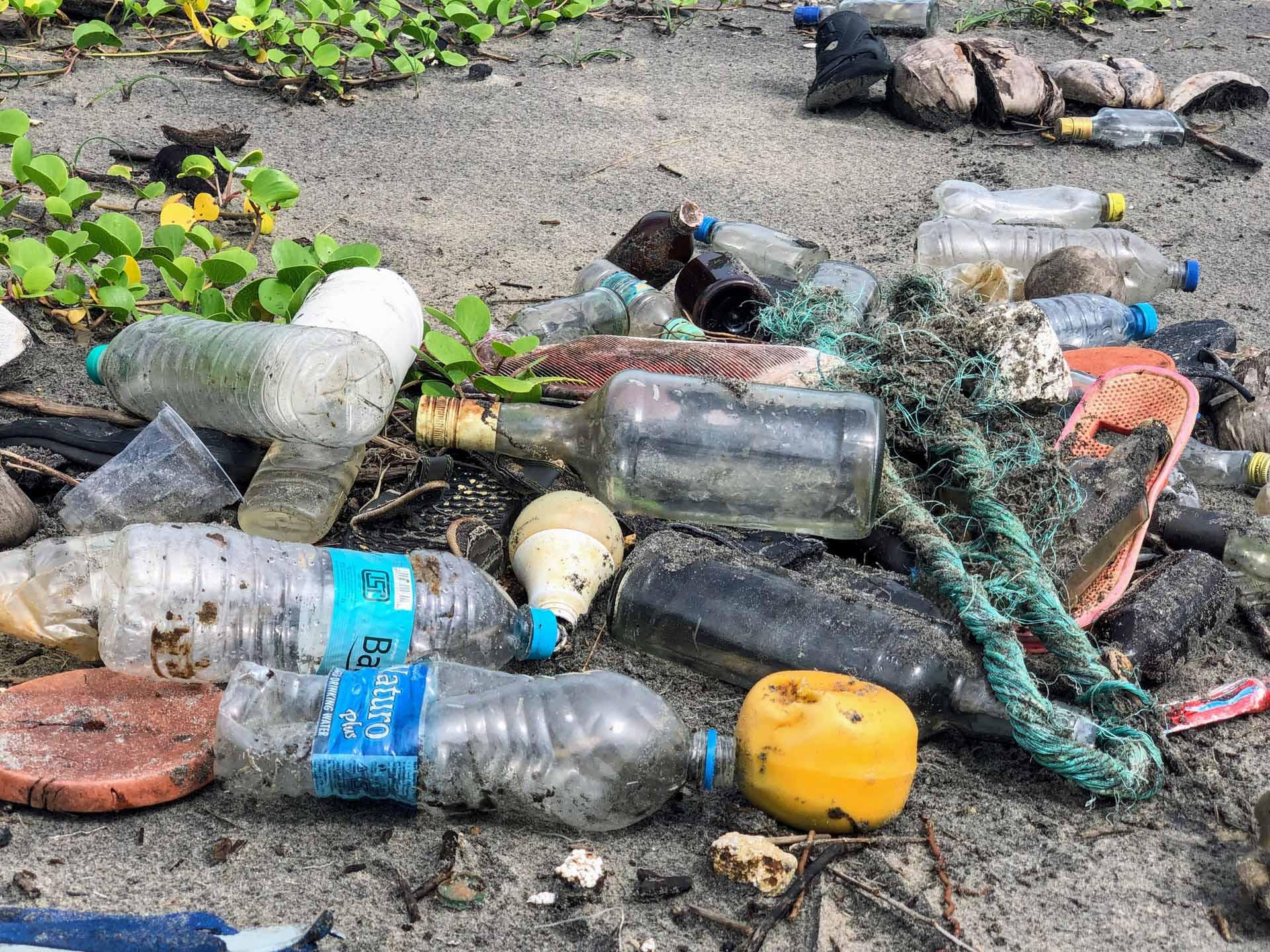 reuse-recycle-reduce-plastic-packaging